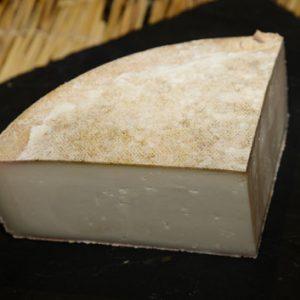raclette-de-chevre-au-lait-cru